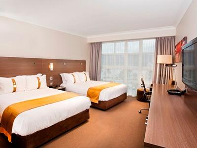 Holiday Inn Cairns – QLD